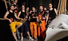 Grupa 'Oranžās brīvdienas' radījusi koncertfilmu