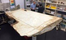 Izmeklētāji: spārnu atlūza 'gandrīz noteikti' pieder pazudušajai MH370 lidmašīnai