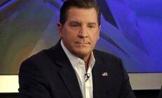 'Fox News' atstādina neķītru attēlu sūtīšanā apsūdzētu žurnālistu