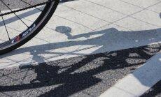 Ventspils novadā, krītot no velosipēda, mirst sirmgalvis