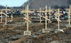 Ukrainas austrumos iet bojā armijas karavīrs un iedzīvotāja