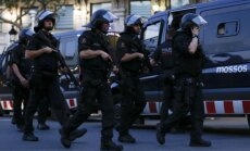 Barselonas uzbrucējs, iespējams, joprojām ir dzīvs un tiek meklēts