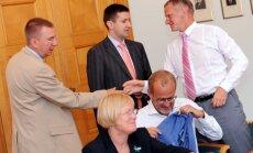 Koalīcija atbalsta jaunu FM priekšlikumu darbaspēka nodokļu mazināšanai