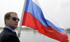 Krievijai var pietrūkt naudas pretkrīzes plāna realizēšanai, pauž Medvedevs