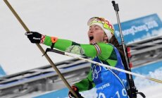 Baltkrievijas biatlonistes negaidīti triumfē Phjončhanas olimpisko spēļu stafetē