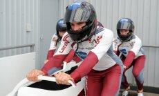 Bobsleja vadības kļūdas dēļ Ķibermaņa ekipāža varēja netikt pie naudas balvām