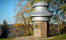 Siguldā ir ierīkots jauns skatu laukums ar vēsturisku tornīti