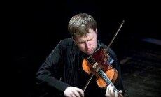 Neiepazītā pirmā vijole. Saruna ar LNSO I vijoļu grupas koncertmeistaru Sandi Šteinbergu