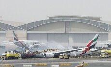 Dubaijā pasažieru lidmašīnas avārijā bojā iet ugunsdzēsējs