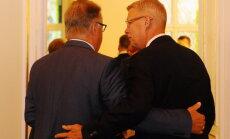 Экс-президенты Латвии: отставка Страуюмы - провинциальный театр и плевок в лицо