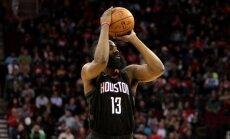 Hārdens atzīts par aizvadītās NBA sezonas vērtīgāko spēlētāju