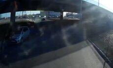 ВИДЕО: На Мукусальском круге заблудился водитель