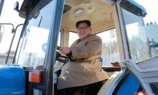 Krievijas deputāts iesaka Ukrainas amatpersonām mācīties no Kima Čenuna