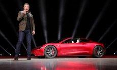'Tesla' kompānijas vadītājam Īlonam Maskam algu vairs nemaksās
