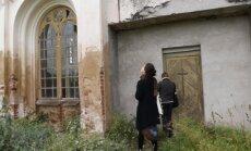Neparasts pasākums pamestā baznīcā - mākslinieki atdzīvinās Raiņa kristību dievnamu