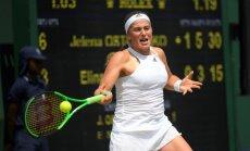 Devenporte cildina Ostapenko bezbailīgo spēles stilu