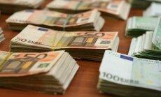 Latvija ASV dolāros uzņemtās parādsaistības daļēji pārfinansē ar eiro