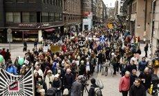Somijas pilsētās desmitiem tūkstoši cilvēku protestē pret rasismu