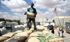 Izraēla atceļ aizliegumu ievest Gazas joslā cementu