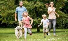 Ģimenes aicinātas piedalīties bezmaksas sporta nodarbībās brīvā dabā