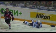 KHL pēc kļūdas atstādina tiesnesi no darba Gagarina kausa otrajā kārtā