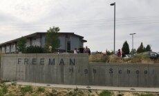 ASV apšaudē vidusskolā nogalināts viens skolēns un vairāki ievainoti