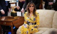 Foto: Melānija Trampa apbur eleganti vasarīgā tērpā