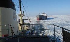 Trešais kuģa katastrofā cietušais Latvijas pilsonis joprojām nav atrasts; daļa izglābto nogādāti ostā