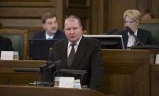 No Saeimas aizejošajam Vilkam likums ļauj atgriezties Rīgas domē kā deputātam
