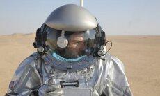 Foto: 200 zinātnieku Omānā pēta Marsa kolonizēšanas iespējas