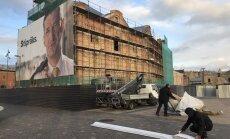 """В Риге принудительно сняли рекламные плакаты """"Согласия"""": Ушаков объясняет задержку плохой погодой"""