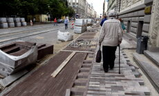 TV3: Рижская дума может премировать своих людей за ремонт на ул. Барона; Ушаков ушел от ответа