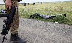 'Malaysia Airlines' avārija: Nemiernieki nezināmā virzienā aizveduši 196 bojāgājušo līķus