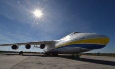 Ukrainas 'Antonov' piedāvā Trampam uzbūvēt prezidenta lidmašīnu