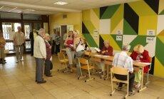 Darbinieki 68 vēlēšanu iecirkņos aizmirsuši paziņot par balsotāju aktivitāti