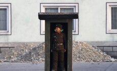 Ziemeļkoreja par 'naidīgu darbību' arestē amerikāņu studentu