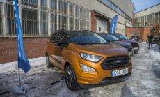 Foto: Latvijā ieradies 'Ford' mazākais apvidnieks 'EcoSport'