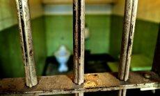 Vīrietis no Olaines cietuma izbēdzis, pārzāģējot loga restes