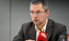 Tiesa lems par rotācijas rīkojuma darbības apturēšanu bijušajam VID vadītājas vietniekam Čerņeckim