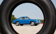 'Porsche' un 'Pirelli' radījuši modernas riepas klasiskiem auto