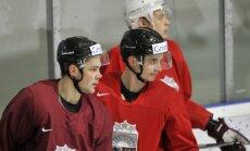 Foto: Latvijas hokeja izlase sāk gatavoties pasaules čempionātam