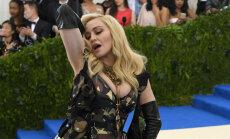 Tiesnesis aptur Madonnas biksīšu izsoli