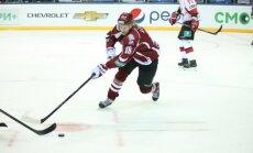Latvijas hokeja izlases treniņiem pievienojies Rodrigo Ābols un Lavrovs
