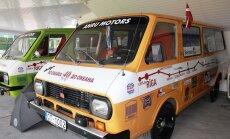 ФОТО: Елгавский музей советских ретроавтомобилей справил новоселье