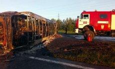 Foto: Krievijā traģiskā autobusa un kravas auto sadursmē miruši 14 cilvēki