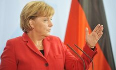 Merkele Putinam atzinusi, ka Krimas referendumu uzskata par pretlikumīgu
