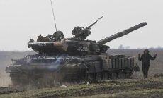 Ukrainas parlaments nolemj sākt daļēju mobilizāciju