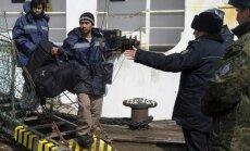 Arestēti avarējušā kuģa 'Daļnij Vostok' ārzemju jūrnieki