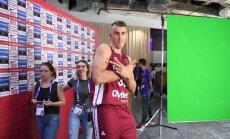 Foto: Latvijas basketbolisti labā noskaņojumā iemēģina 'Fenerbahce Arena'