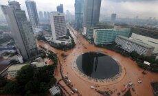 Foto: Pasaulē visātrāk grimstošā miljonu pilsēta Džakarta